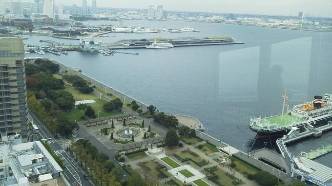 横浜マリンタワーの眺め
