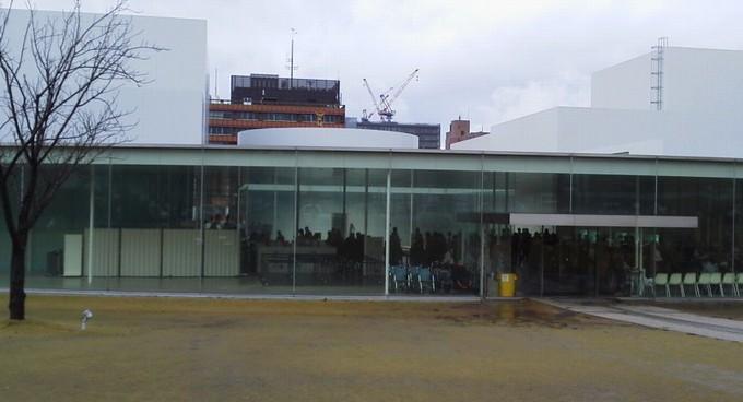 金沢21世紀美術館入口