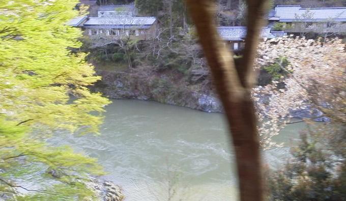 星のや京都-トロッコ列車京都