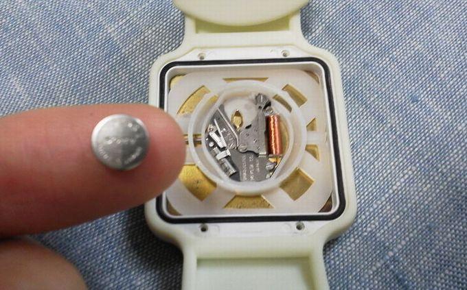 腕時計の電池