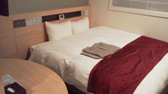 ベッド-アーバンホテル二条プレミアム