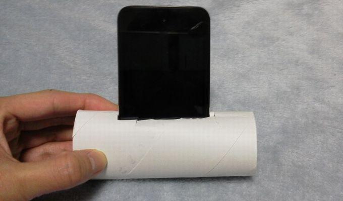 トイレットペーパーの芯でスピーカー