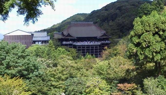 正面の清水寺
