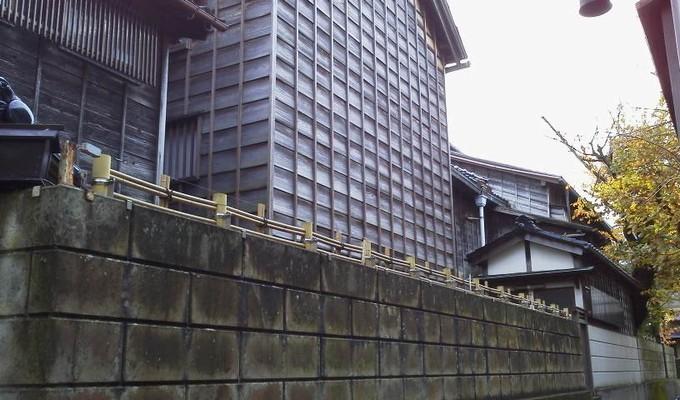 忍者寺裏手-金沢