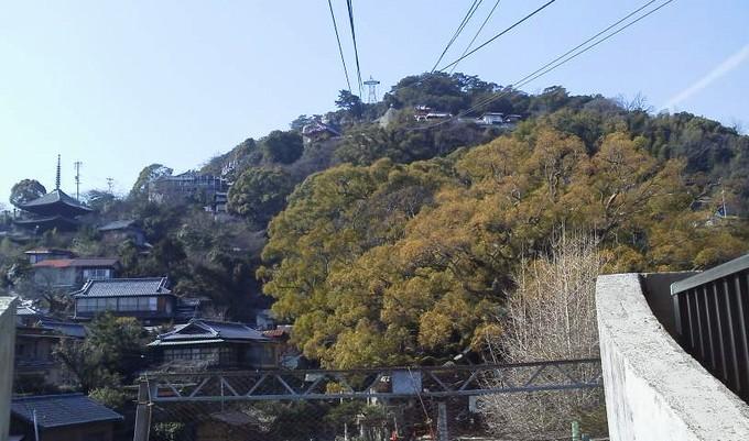 ロープウェイ乗り場から千光寺山