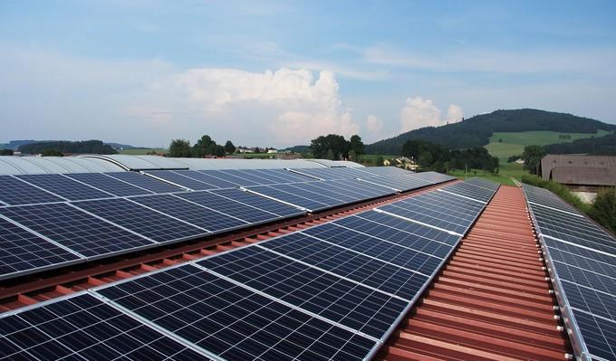 太陽光発電・ソーラーパネル