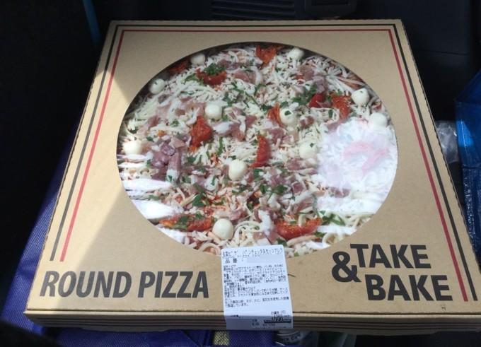 コストコのピザ1